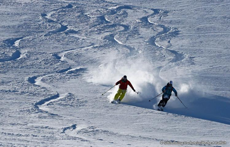 2-day ski package skipass included